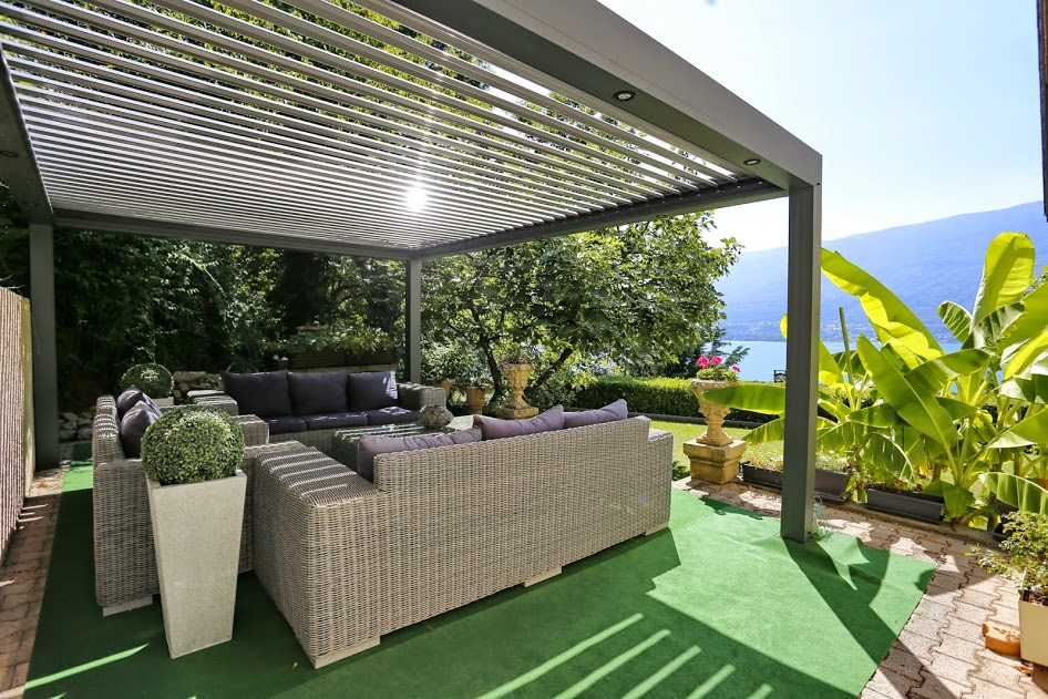 pergolas bioclimatiques p le habitat p le habitat. Black Bedroom Furniture Sets. Home Design Ideas